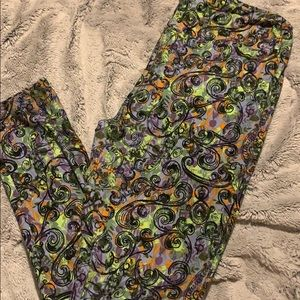 Tall and curvy lularoe leggings-